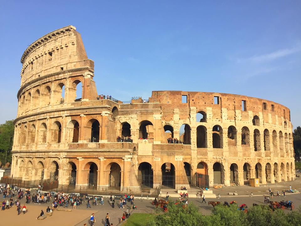 cara-ke-colosseum-rome-italy-4