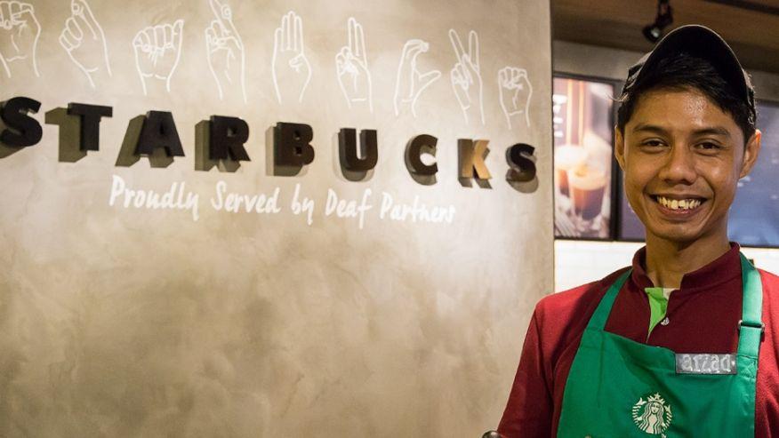 Muhammad Aizad Bin Ariffin sudah bersama Starbucks selama 3 tahun