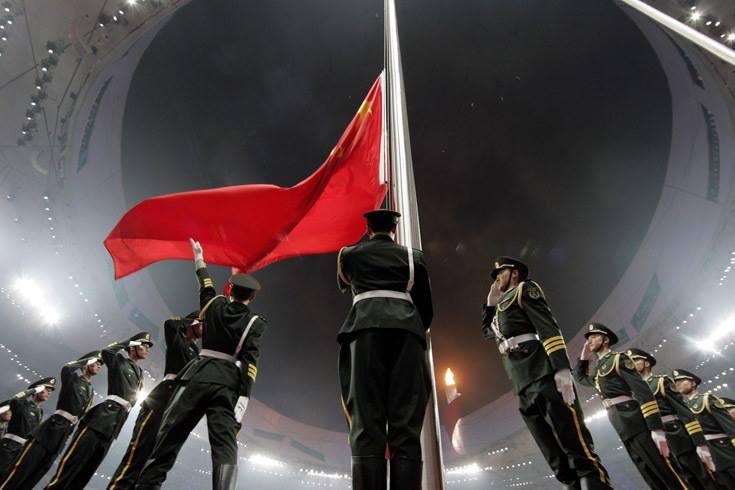 Berbeza untuk China, Beijing 2008 lebih digunakan sebagai pentas untuk mengesahkan kedudukan negara itu sebagai kuasa utama dunia, baik dari segi ekonomi, politik atau ketenteraan. Juga sebagai alternatif kepada Uncle Sam.