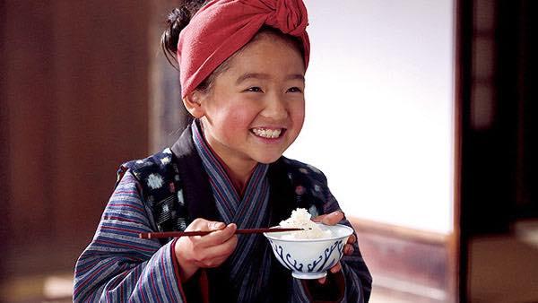 Kisah Oshin yang bermula daripada kisah anak kecil ini. Hampir setahun pihak NHK menayangkan drama Oshin di Jepun. (Sumber gambar: eigapedia.com)