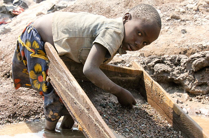 our-smartphones-contain-cobalt-mined-by-children