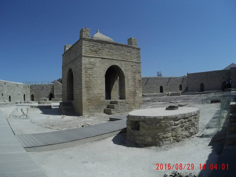 tip-travel-ke-azerbaijan-1