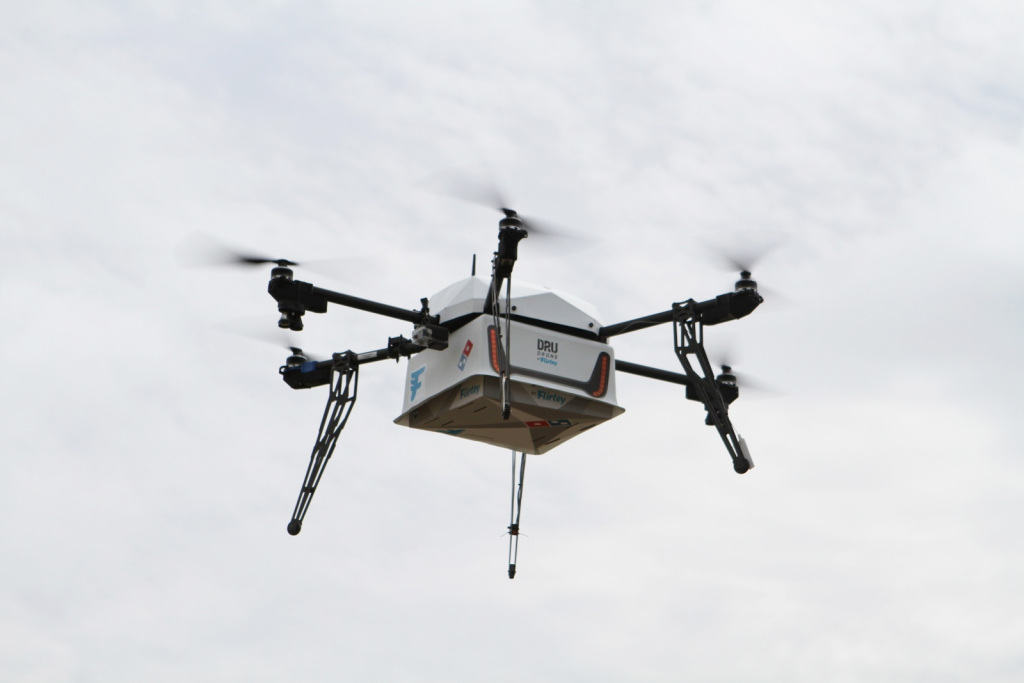 dominos-pizza-drone-delivery-new-zealand-1