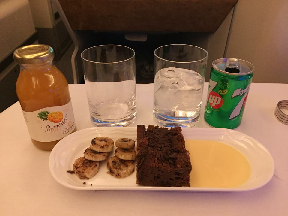 experience-with-emirates-business-class-13