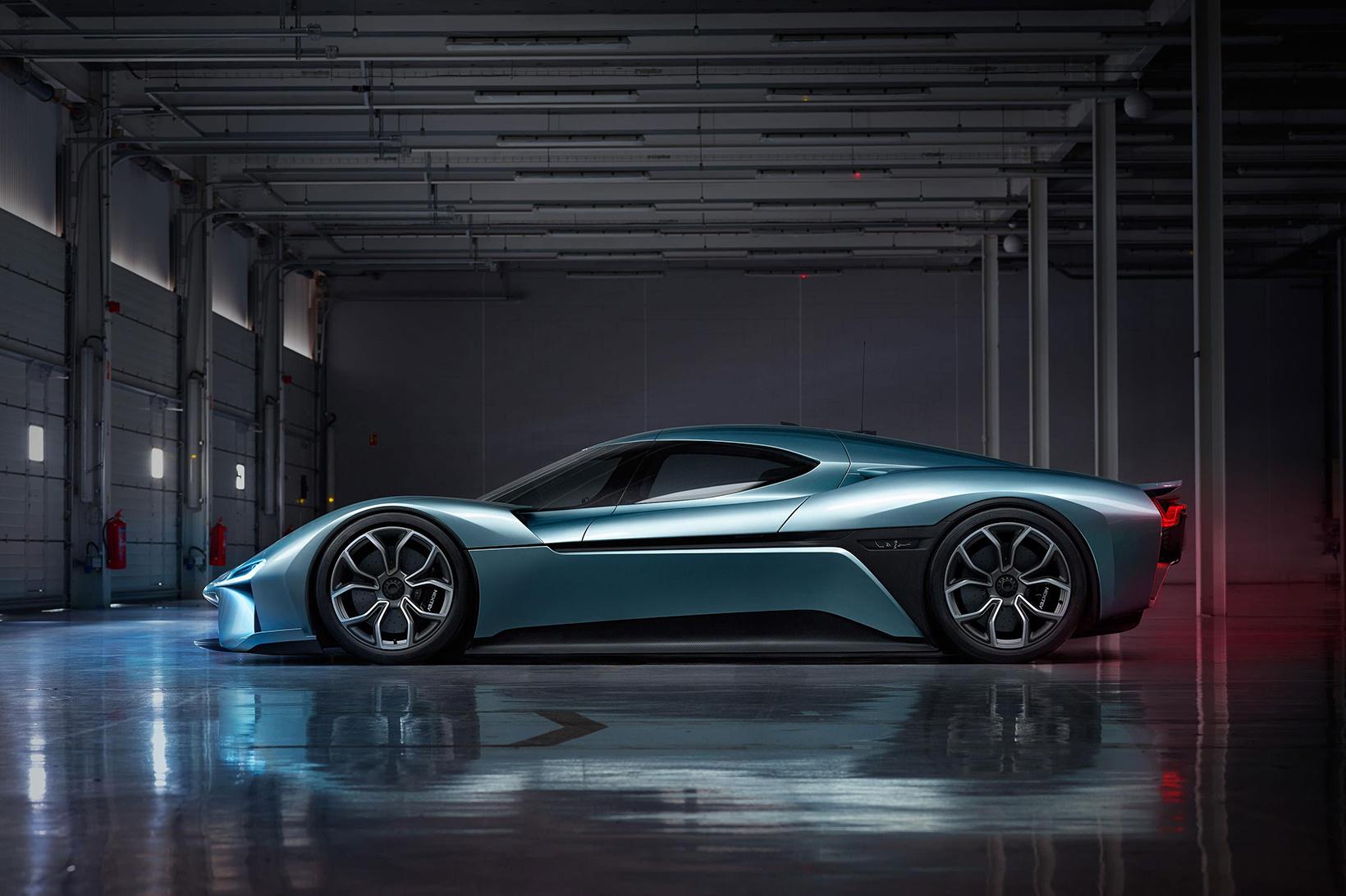 nio-ep9-fastest-electric-car-2