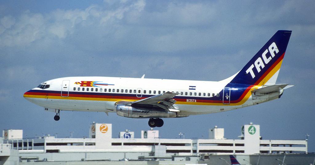 taca-boeing-737