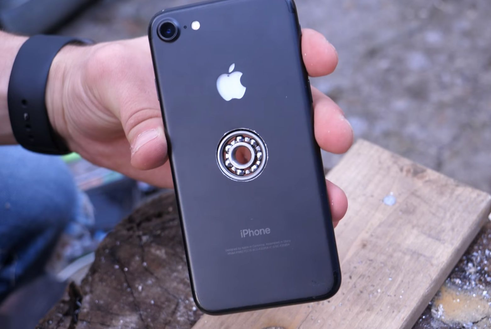 iphone-fidget-spinner