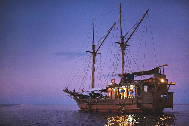 al-isra-pirate-boat-1