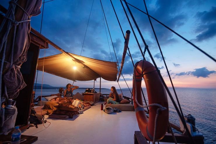 al-isra-pirate-boat-2