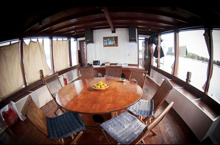 al-isra-pirate-boat-3