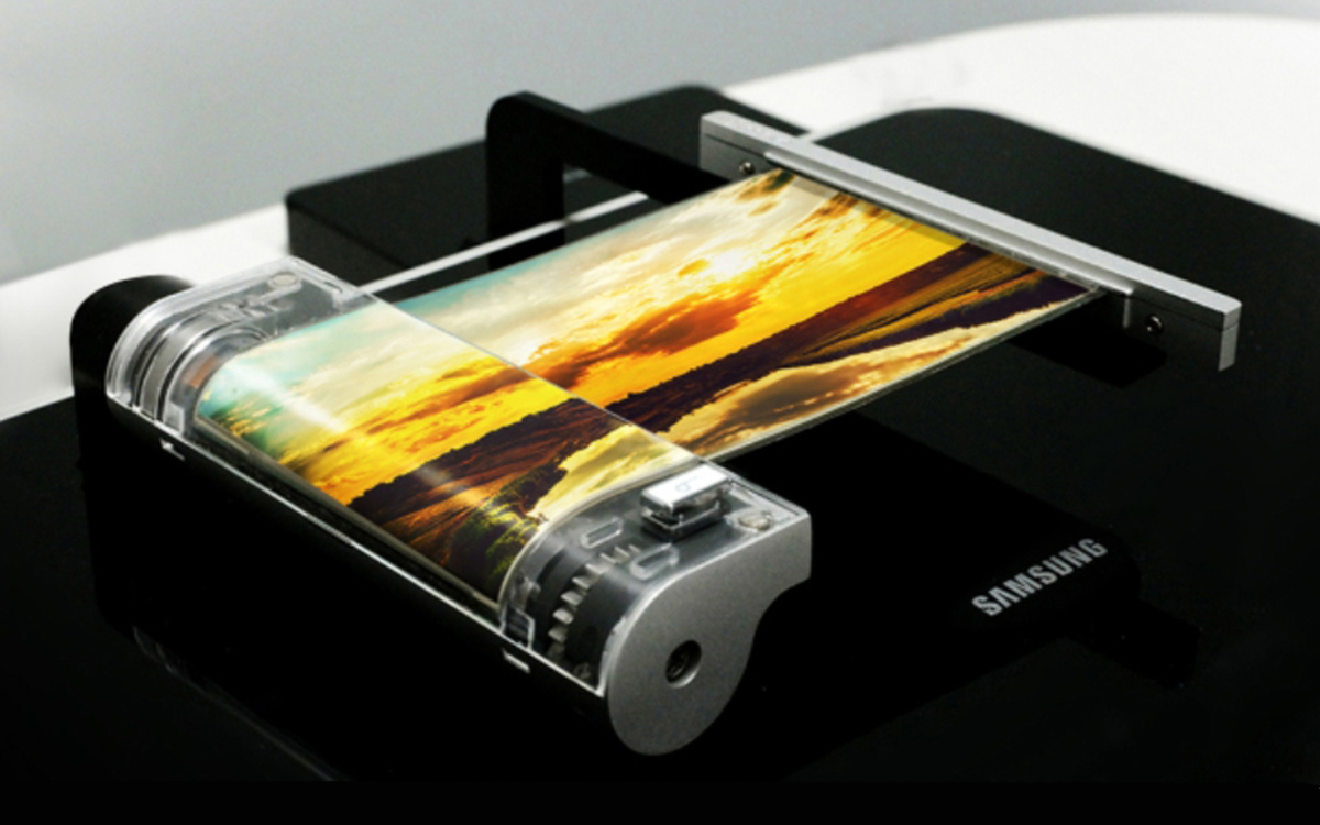 137717-phones-news-samsung-galaxy-x-roll-out-oled-screen-shown-off-just-0-3mm-thin-image1-fXavFKjoVM