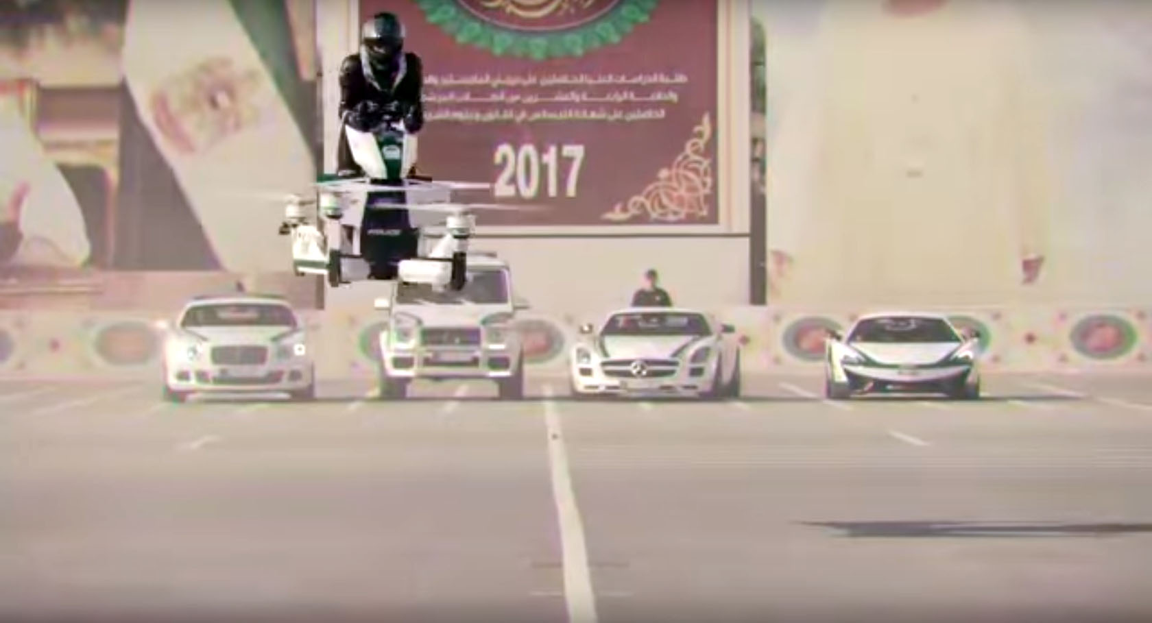 dubai-police-force-to-get-head-chopping-hoverbikes-121046_1