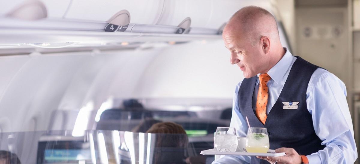 cara-minta-makanan-halal-di-dalam-pesawat-6