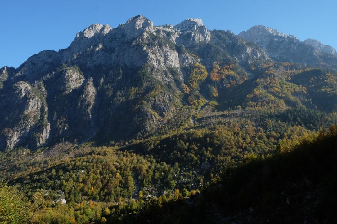 tip-mendaki-albanian-alps-8