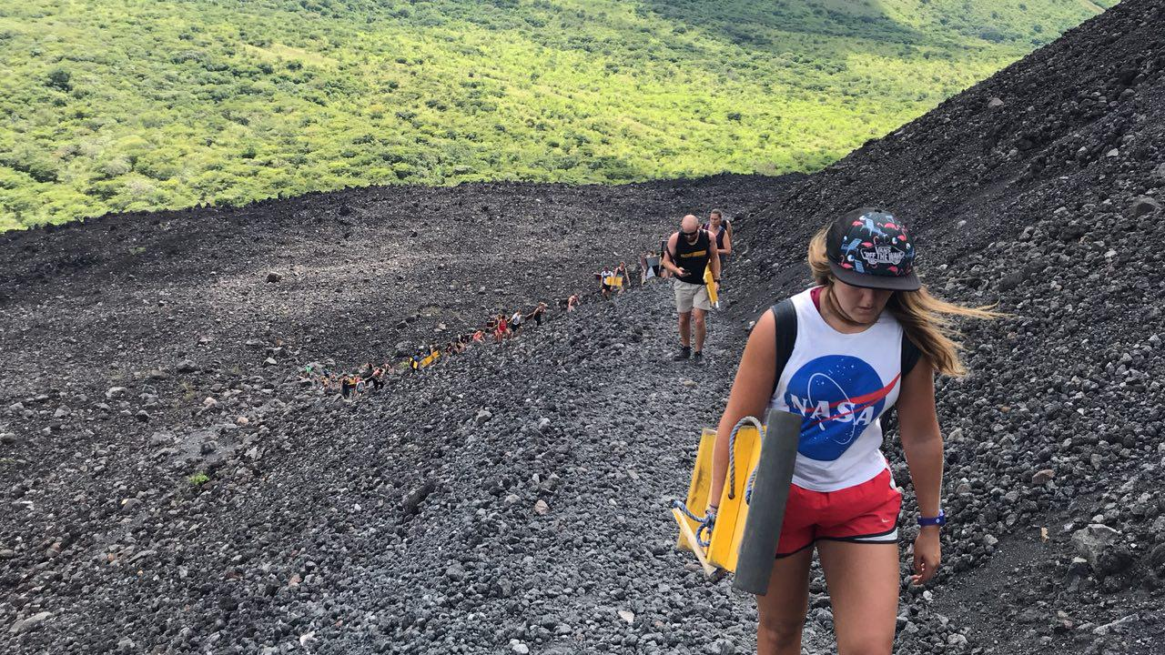 volcano-boarding-di-nicaragua-6