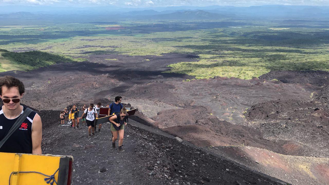volcano-boarding-di-nicaragua-7
