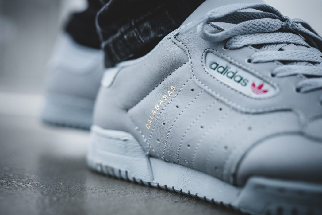 adidas-yeezy-powerphase-grey-01