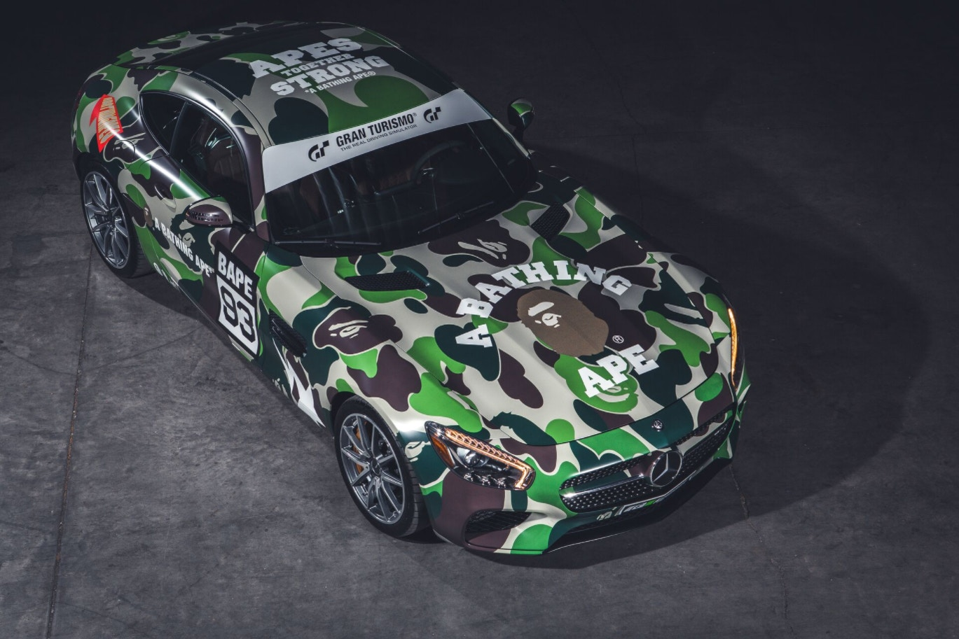 bape-undefeated-gran-turismo-cars-playstation-10