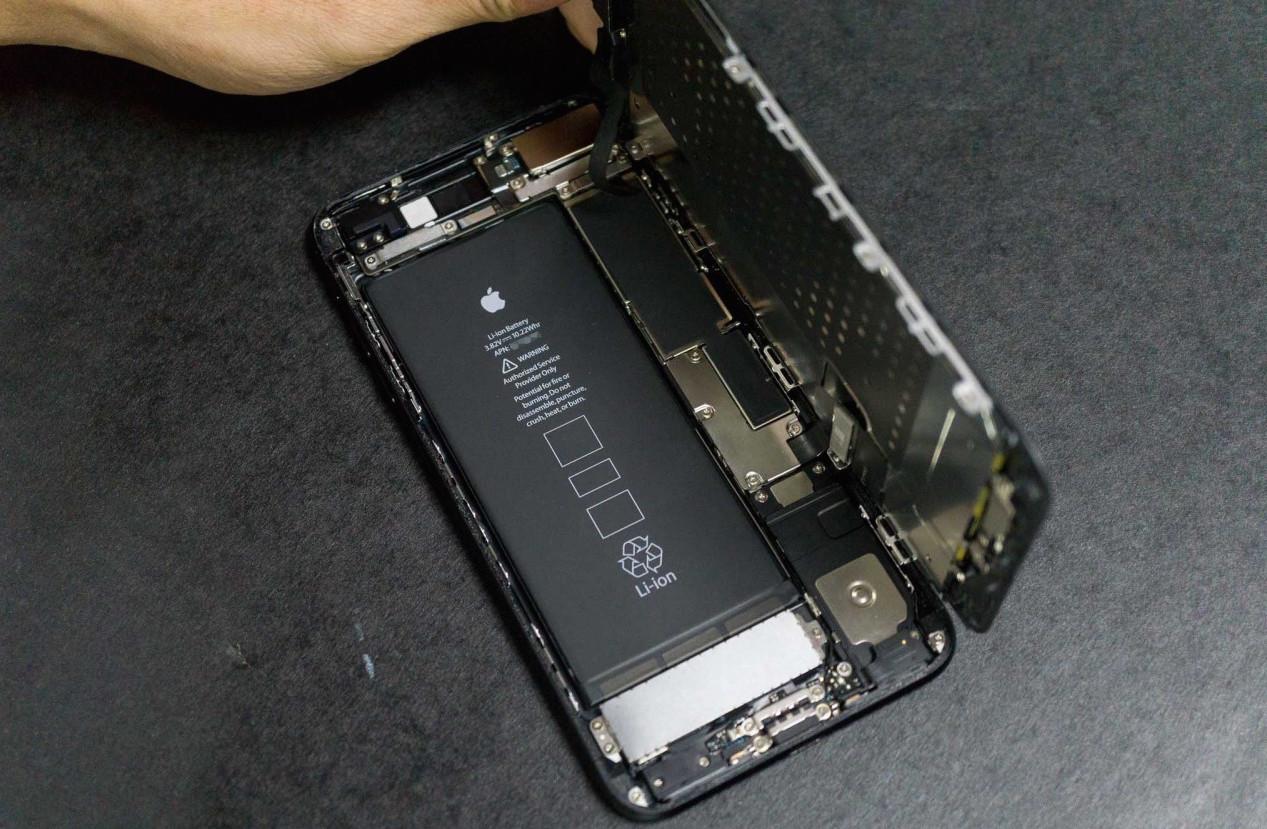 iphone-7-plus-teardown-17-1280×853