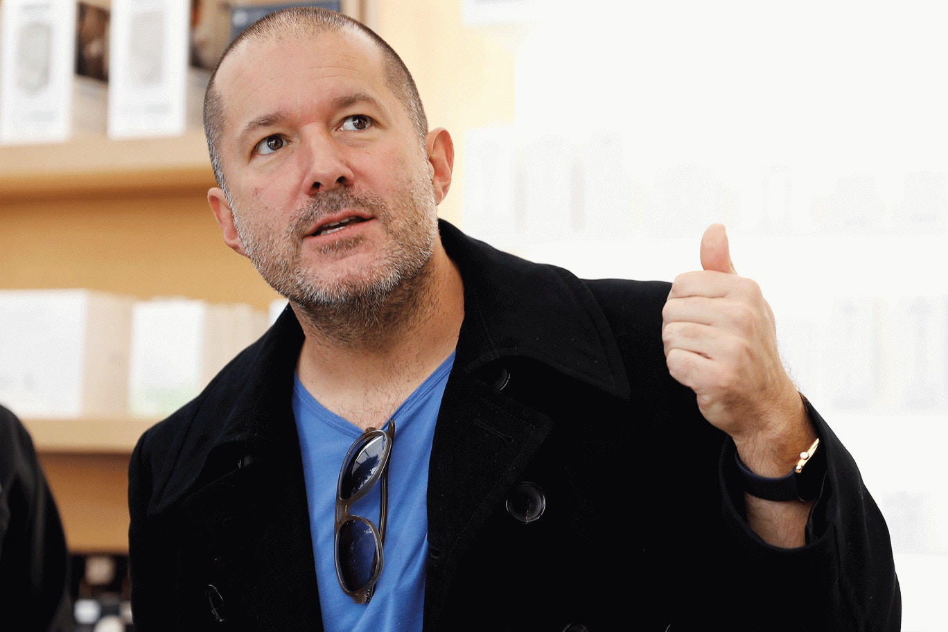 jonathan-ive-apple-001