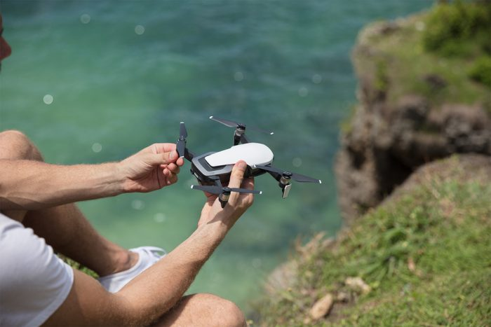 143437-drones-news-dji-mavic-air-is-official-and-it-could-be-all-the-drone-youll-ever-need-image1-xzjxvq49ti (1)