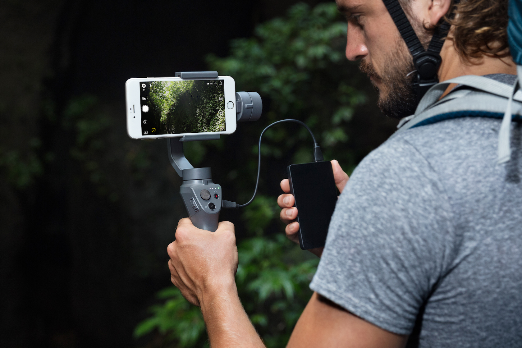 DJI-Osmo-Mobile-2-Lifestyle-20