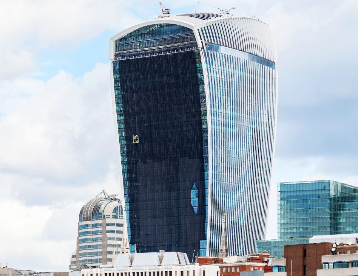 Walkie-Talkie-Skyscraper-Carbuncle-Cup-2015-71