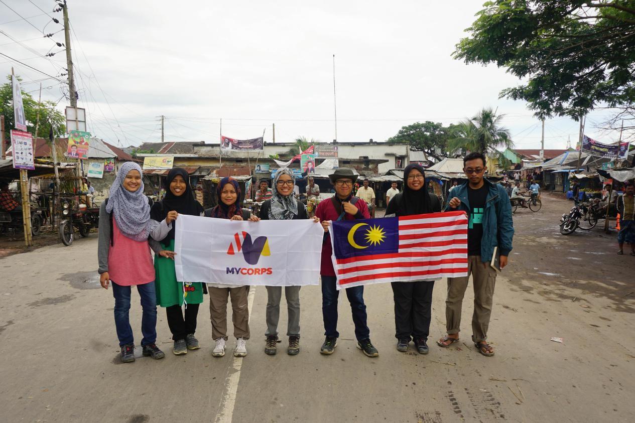 sukarelawan-di-bangladesh-1