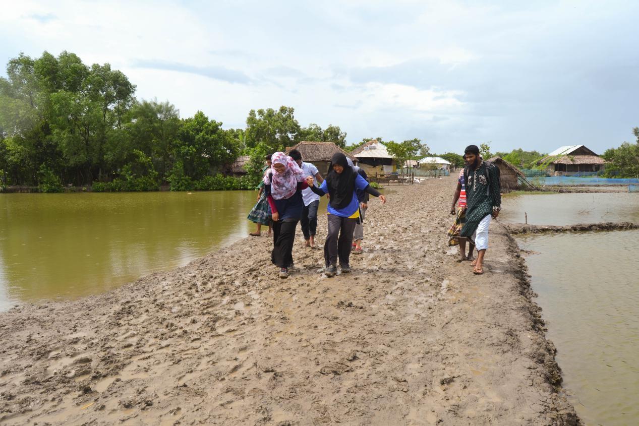 sukarelawan-di-bangladesh-17