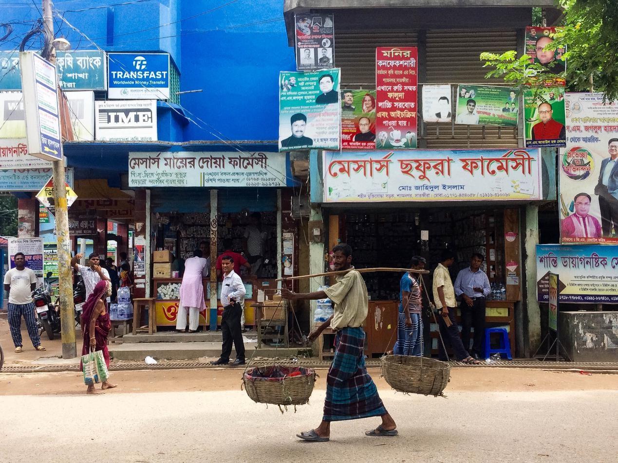 sukarelawan-di-bangladesh-7