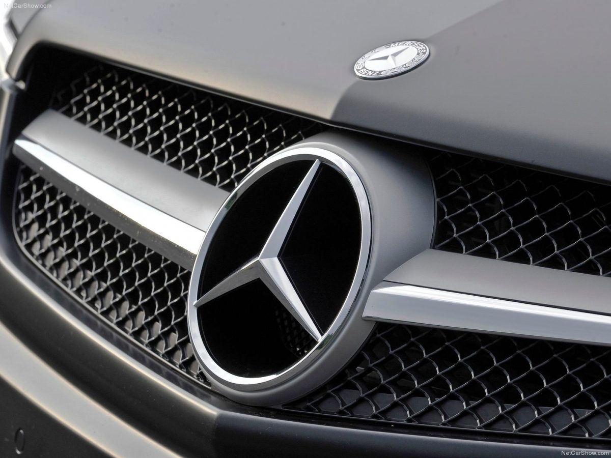 mercedes-benz-car-logo-wallpaper