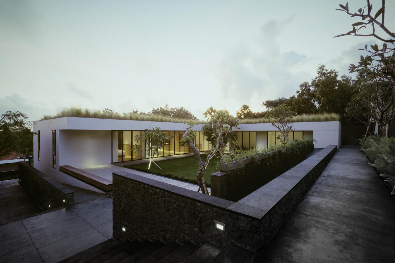 private-villa-ungasan-rafael-miranti-architects-3