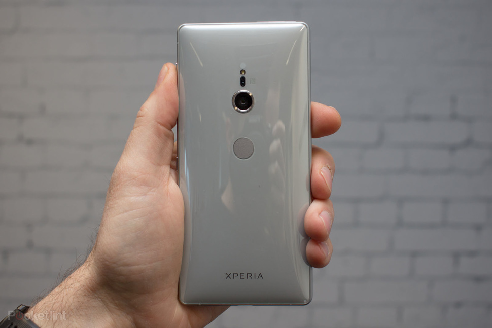 143688-phones-review-hands-on-sony-xperia-xz2-image2-4vzurxfdmu