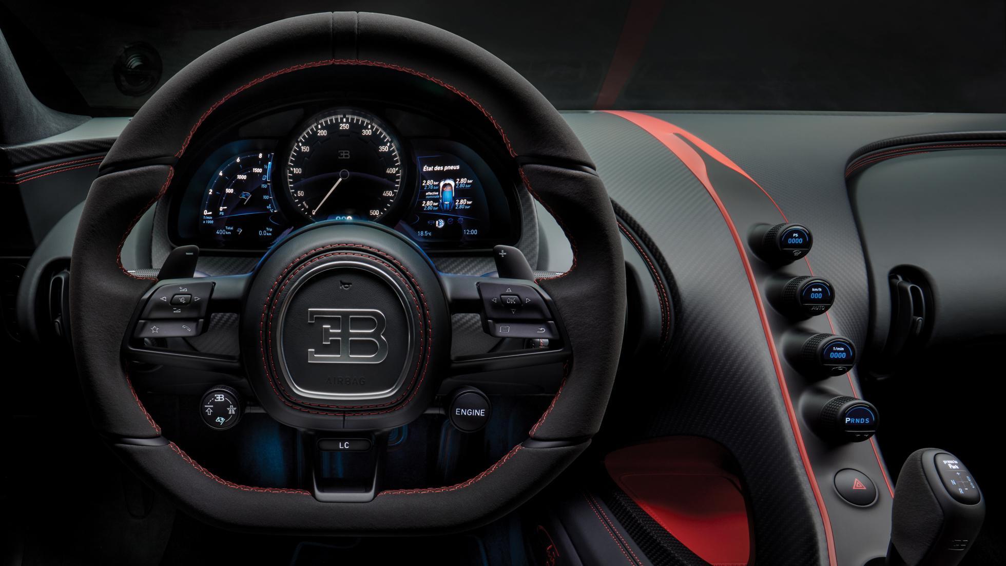 15_bugatti_chiron-sport_steering-wheel_web