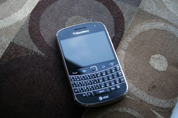 Blackberry Bold 9900 Cover photo