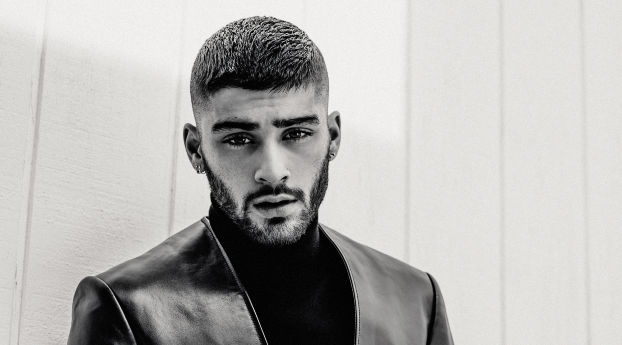 wallpapersden.com_zayn-malik-2018-monochrome_wxl