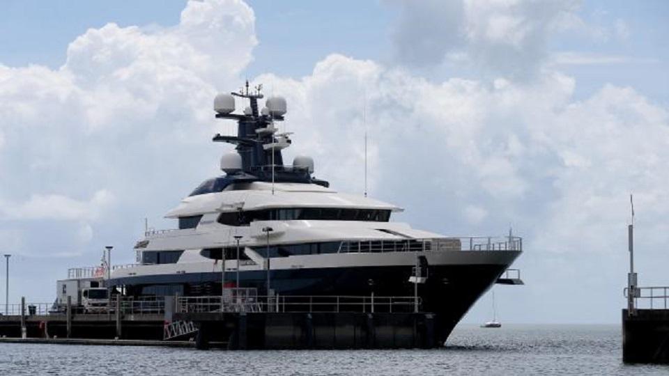 yacht jo low