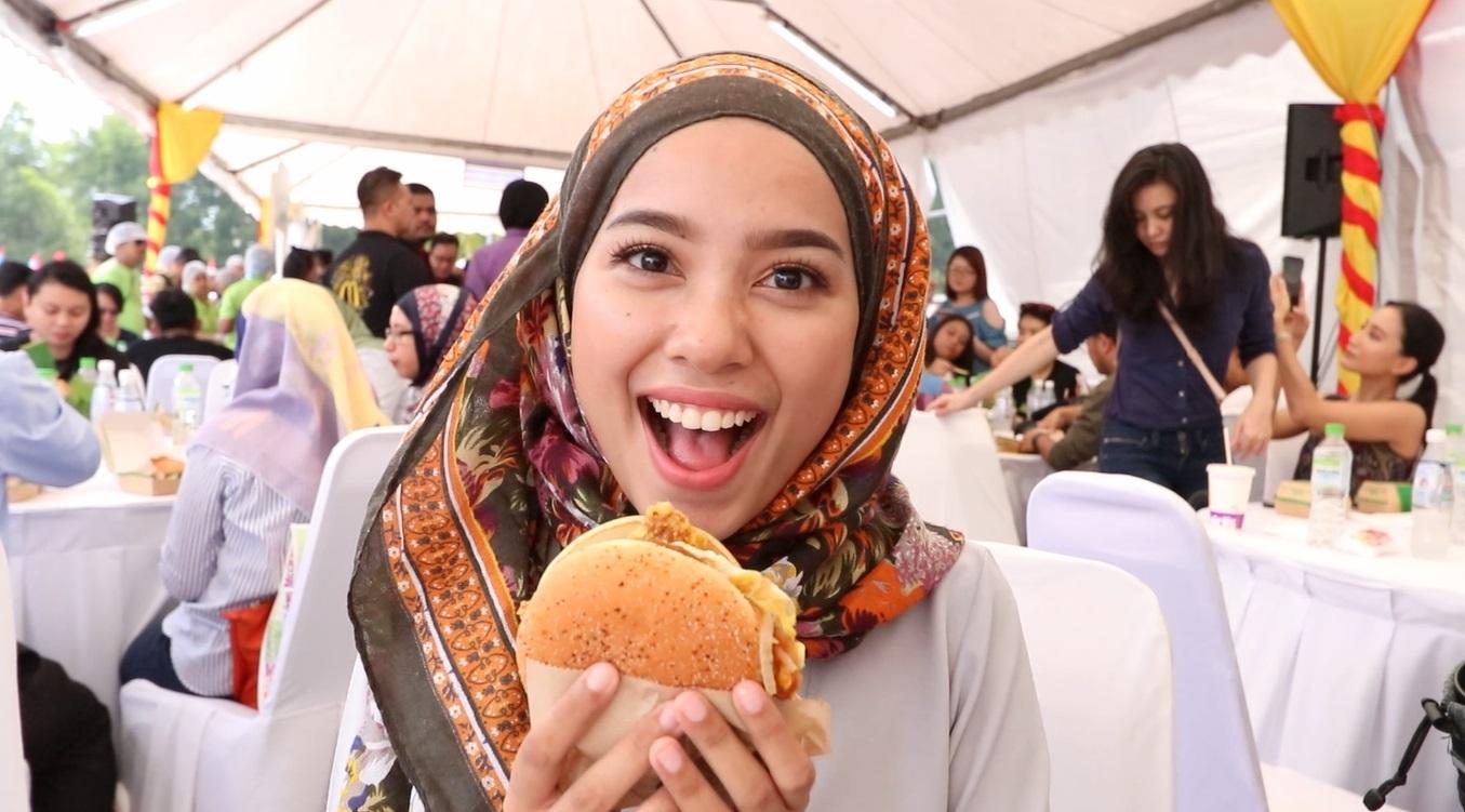 Nasi Lemak Burger Cover