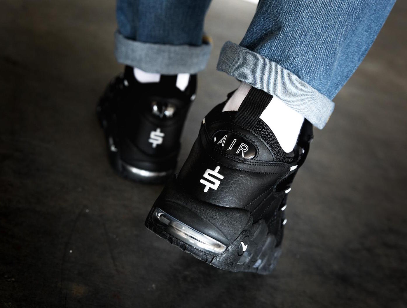Nike-Air-More-Money-Black-Pure-Platinum-1