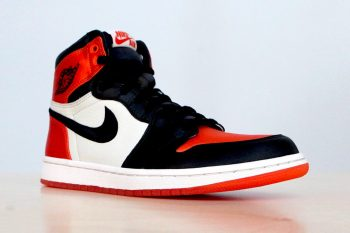 air-jordan-1-satin-shattered-backboard-version-001
