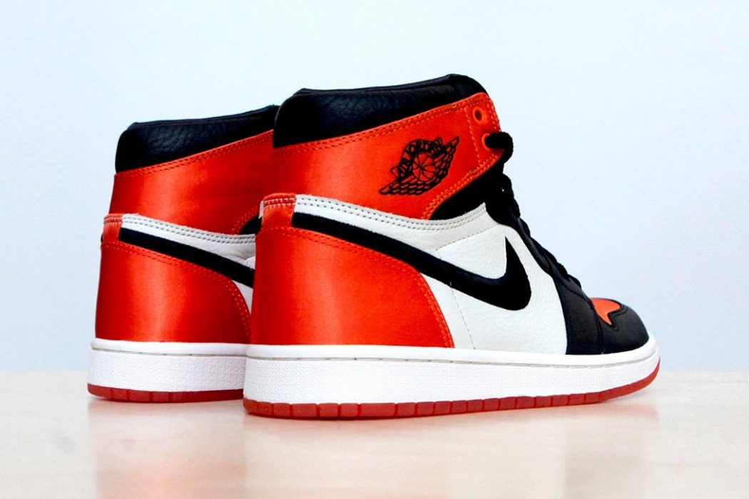 air-jordan-1-satin-shattered-backboard-version-003