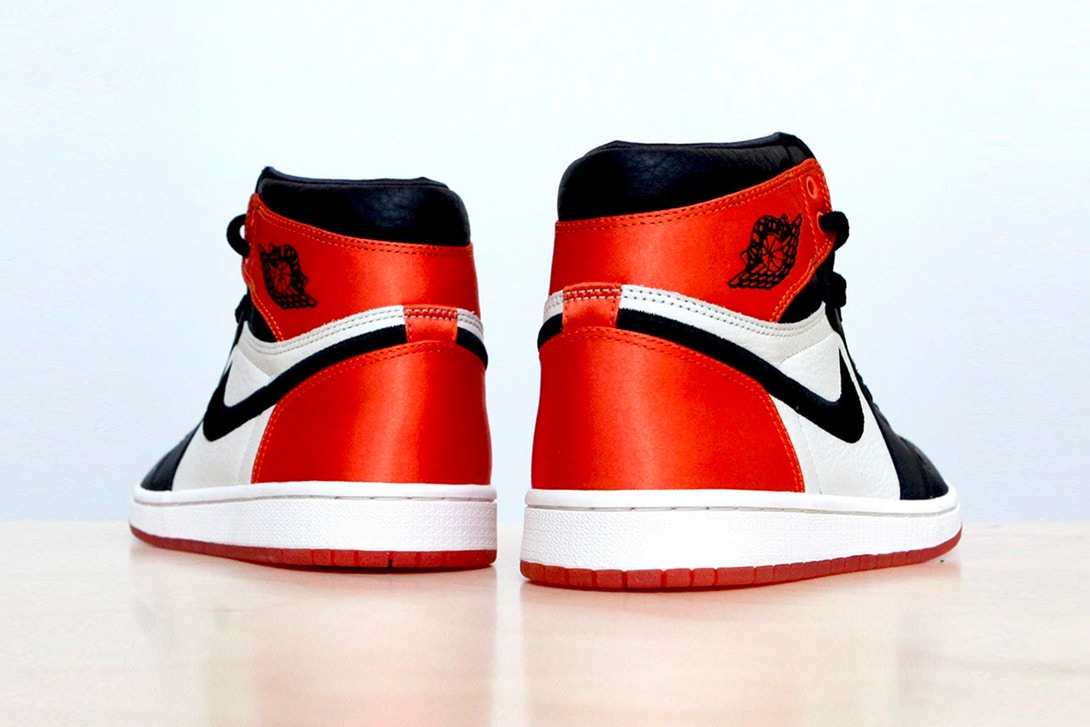 air-jordan-1-satin-shattered-backboard-version-004