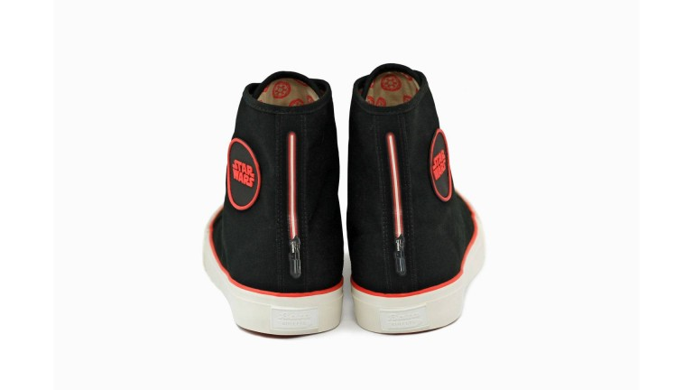 bata-is-launching-a-limited-edition-star-wars-collection-coming-to-msian-stores-in-may-2018-world-of-buzz-6-768×432