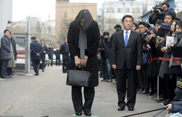 korean-air-boss-apologises-as-hot-tempered-daughters-resign-620×400