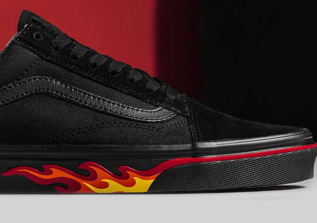 vans-old-skool-flame-wall-vn0a38g1q8q-2