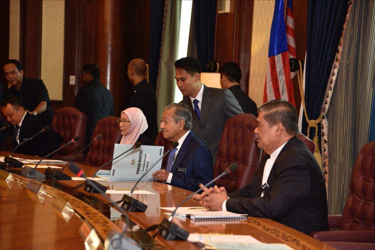 Tun Mahathir 2