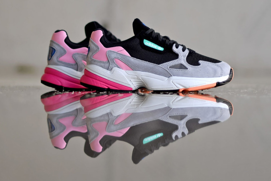 adidas-falcon-core-black-light-granite-1