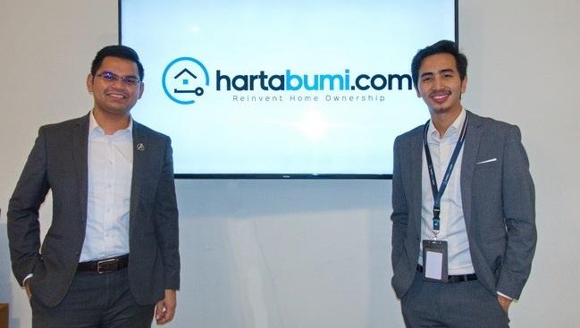 Hartabumi CEO Radzi Tajuddin (left) with COO Nadzri Sazali