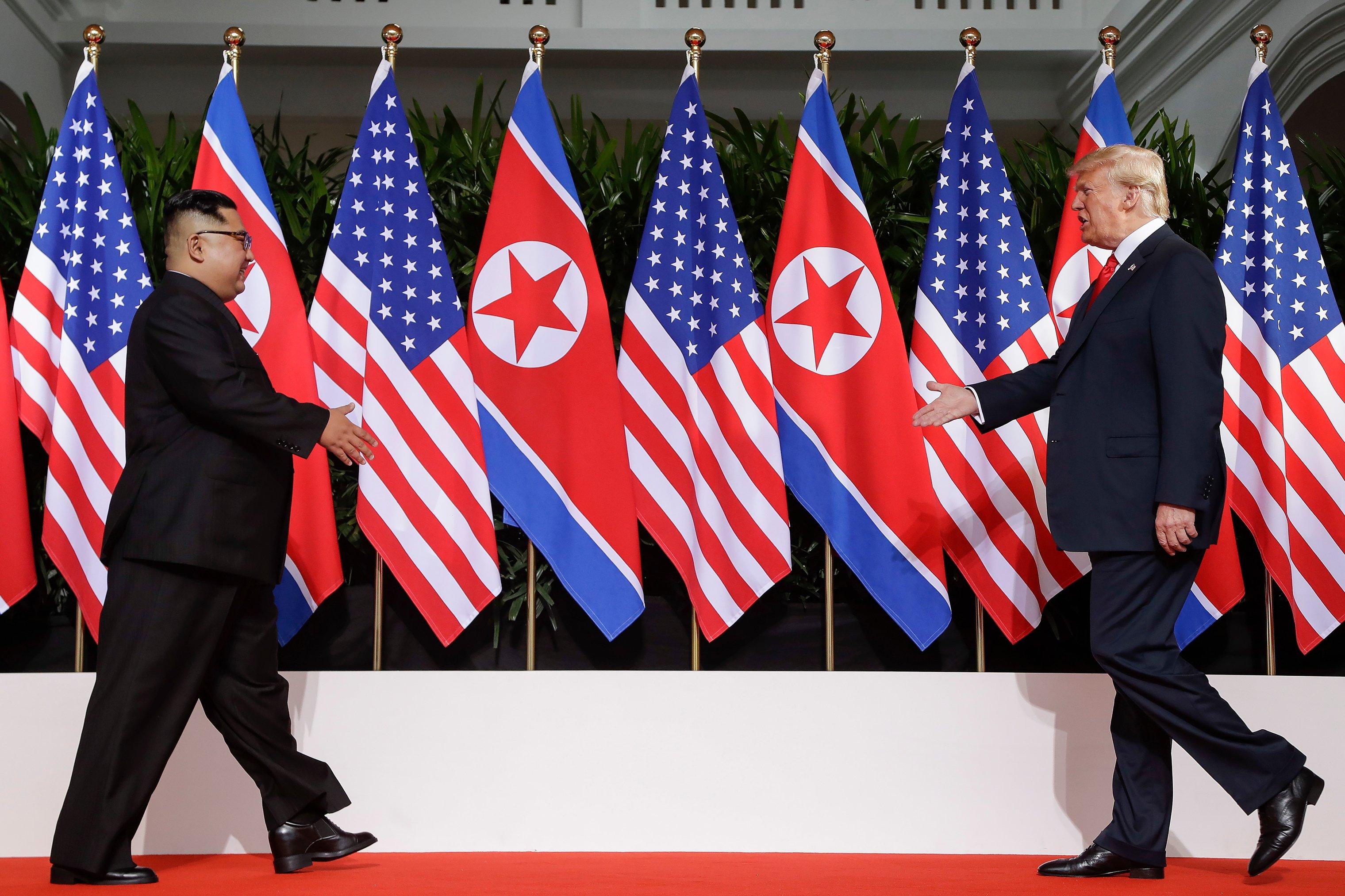 donald-trump-kim-jong-un-meeting-walk