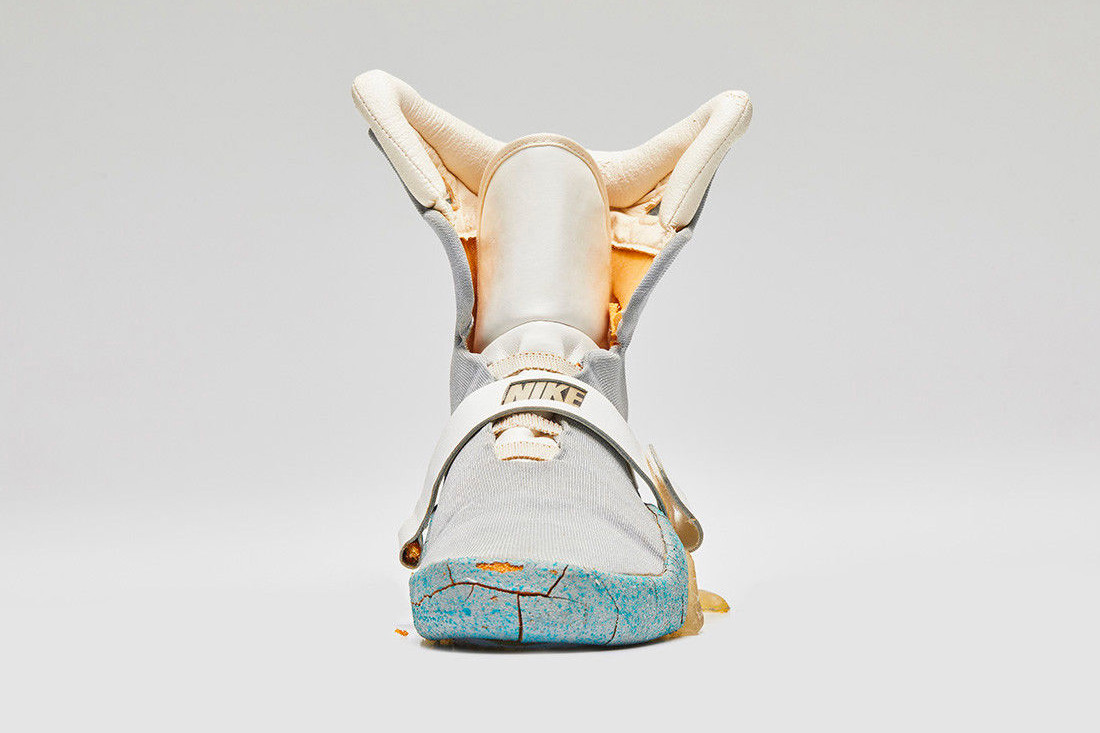 hypebeast.com_image_2018_06_original-nike-mag-back-to-the-future-ii-shoe-auction-005